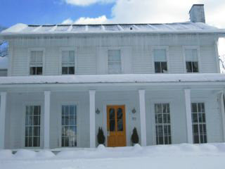 House_in_winter